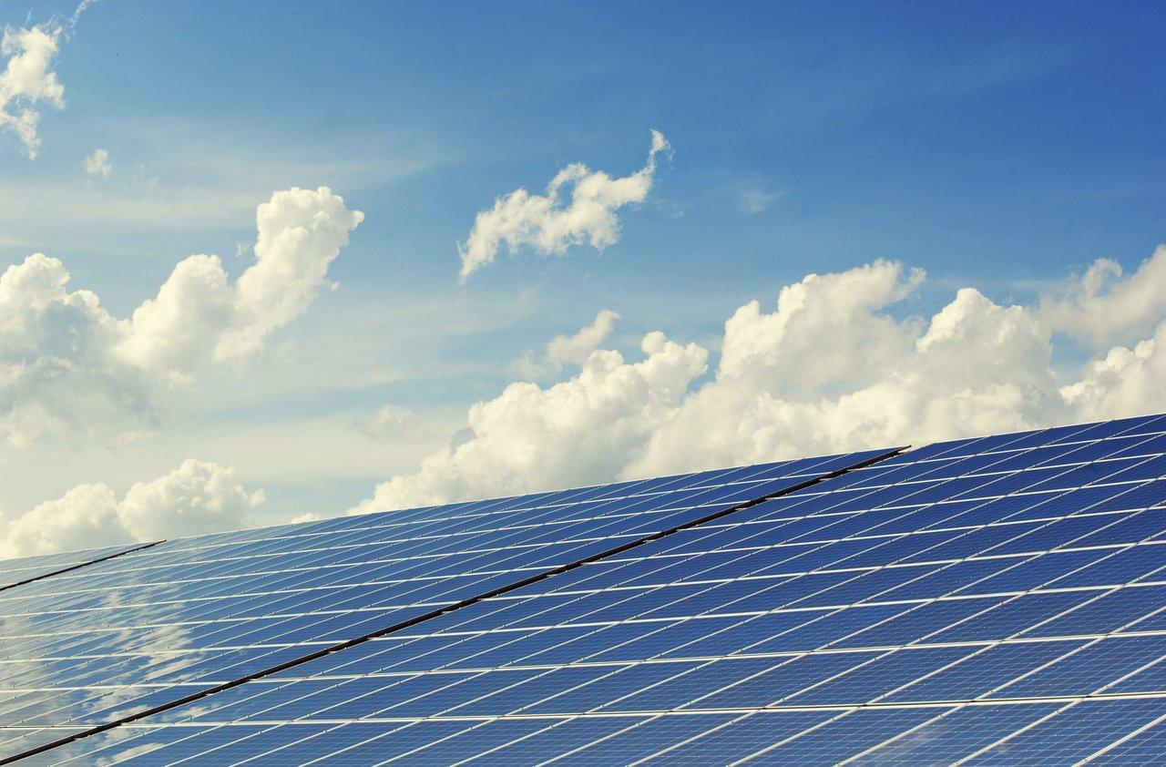 Zonnepanelen leggen? Doe het voor 2021!